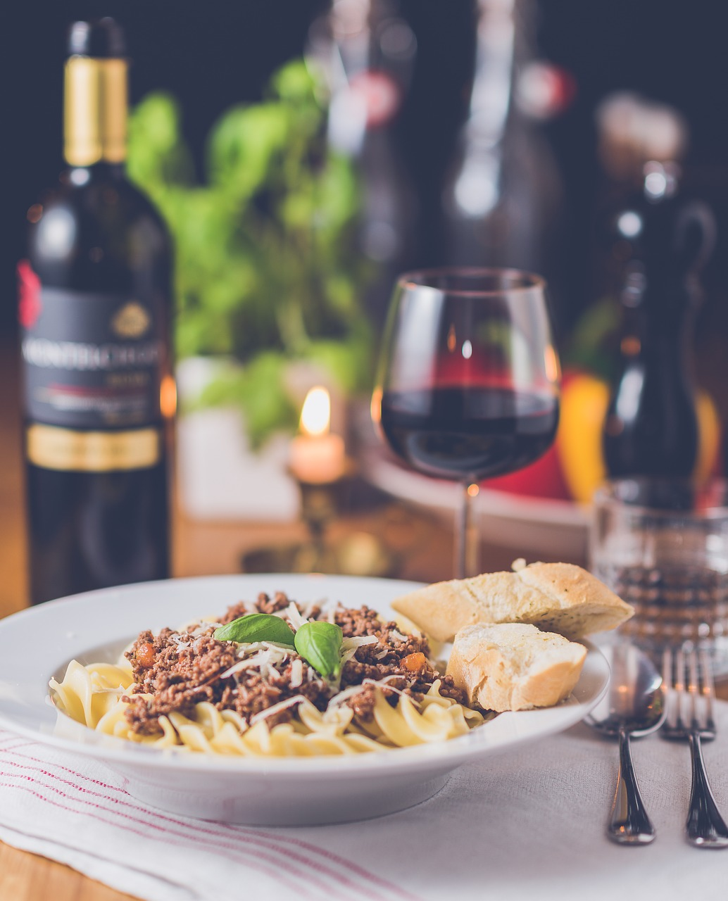 Acropolis Cuisine-pasta-wine-dinner-image-Catering-and-events